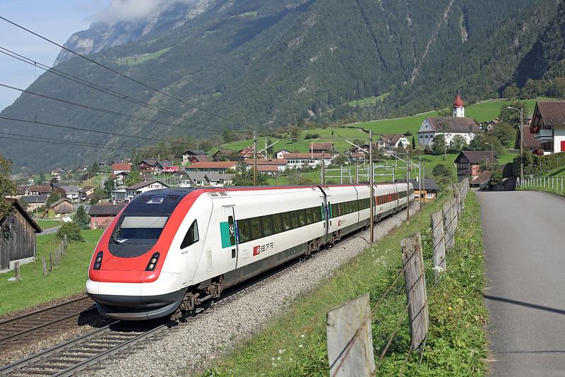 500018 Silenen 3/10/2014<br /> ICN869 1109 Zürich HB-Lugano