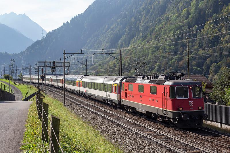 11219 Silenen 3/10/2014<br /> IR2272 1047 Locarno-Zürich HB