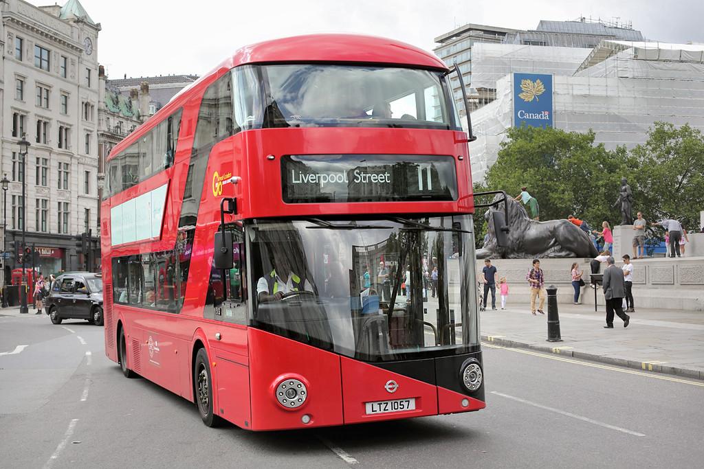 LT57 LTZ1057, Trafalgar Square 6/8/2014
