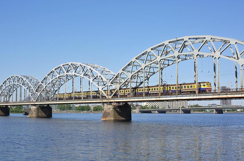 ER2-8029 Riga 7/6/2014<br /> EV6411 0950 Riga Pasažieru-Sloka