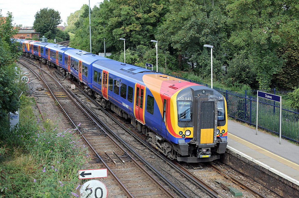 450545 and 450026, Staines 7/8/2014<br /> 2S28 1033 Weybridge-London Waterloo