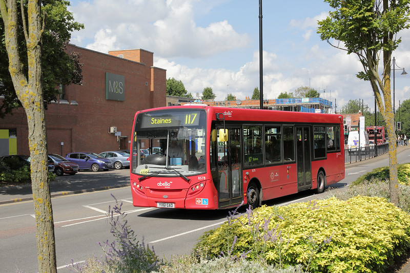 8578 YX61GAO, Staines 7/8/2014