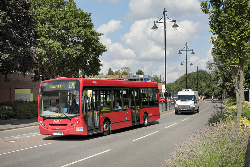 8541 YX10FFB, Staines 7/8/2014