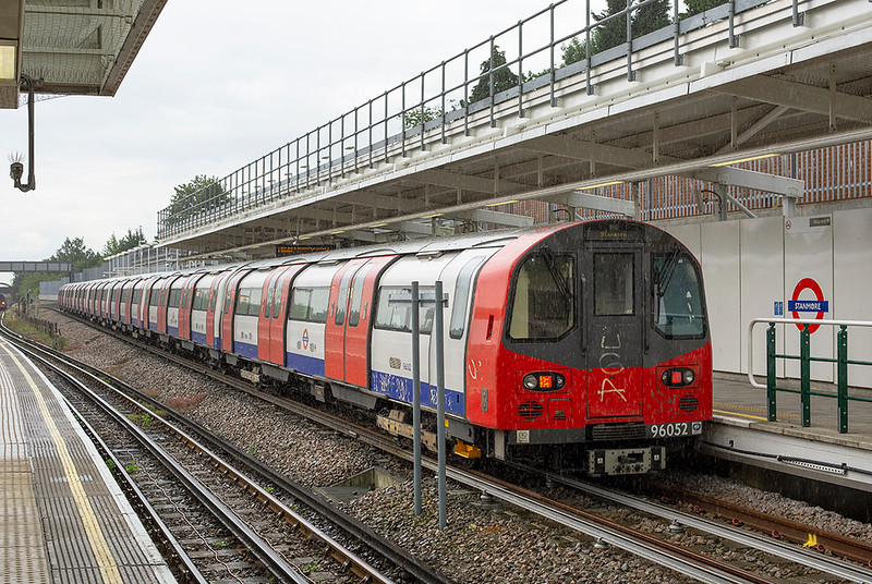 Jubilee Line 96052, Stanmore 8/7/2014