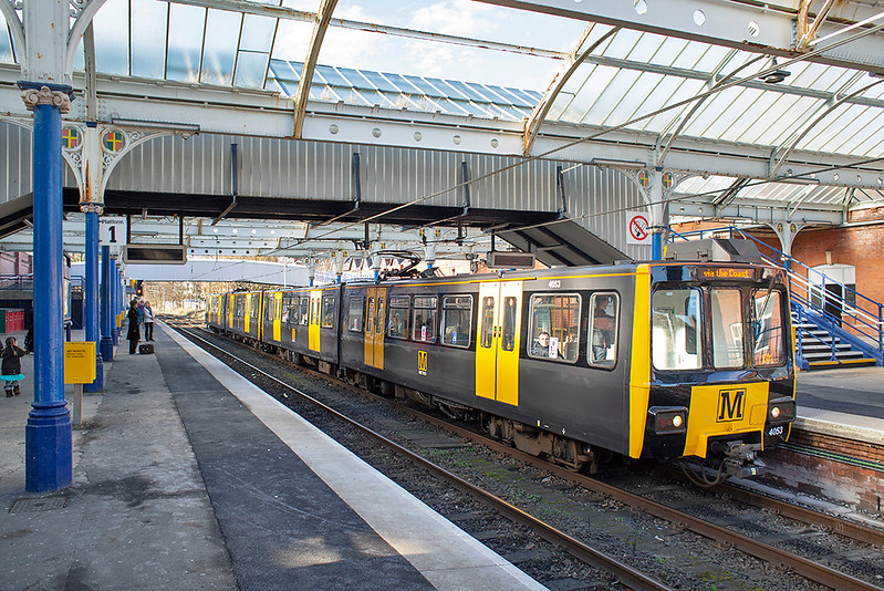 4053 and 4020, Whitley Bay 10/2/2014