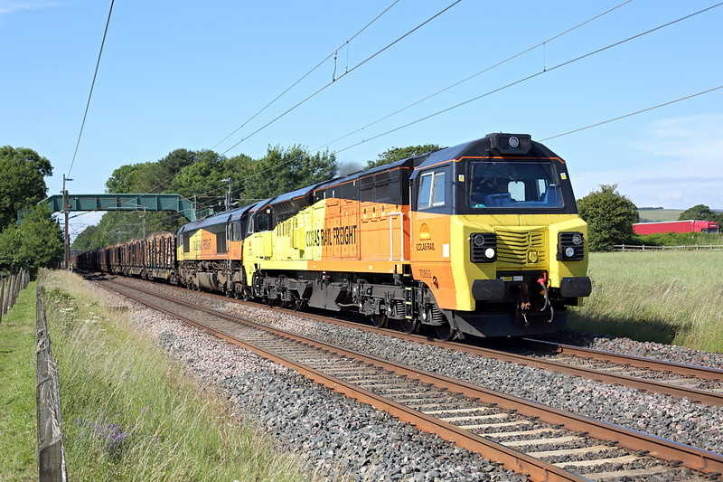 70802 and 66847, Brock 10/7/2014<br /> 6J37 1202 Carlisle Yard-Chirk