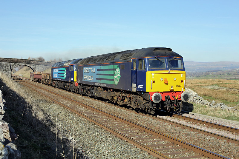 57007 and 57003, Greengate 11/3/2014<br /> 6K05 1246 Carlisle Yard-Basford Hall