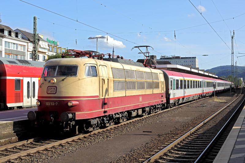 103113 Koblenz Hbf 11/8/2014<br /> IC118 0700 Salzburg Hbf-Münster Hbf