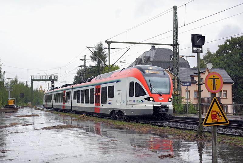 302 Oberlahnstein 13/8/2014<br /> RB25079 1724 Koblenz Hbf-Assmanshausen
