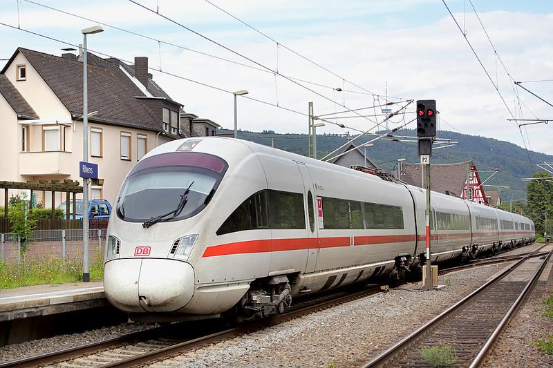 411553 Rhens 12/8/2014<br /> ICE27 0541 Hamburg Hbf-Wien Westbahnhof