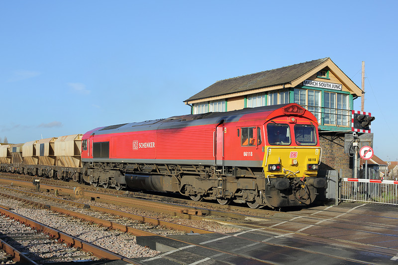 66118 March South Junction 13/1/2014<br /> 6L43 0855 Mountsorrel-Kennet