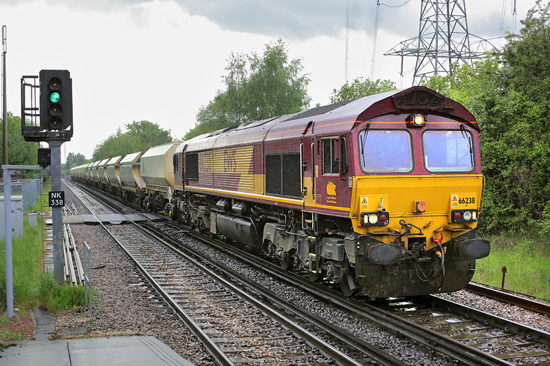 66238 Crayford 13/5/2014<br /> 6Y08 1130 Tolworth Sidings-Cliffe