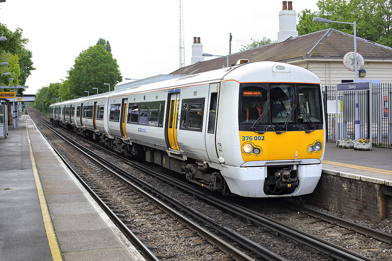 376002 Bexley 13/5/2014<br /> 2I35 1240 London Charing Cross-London Charing Cross<br /> (via Sidcup and Woolwich Arsenal)