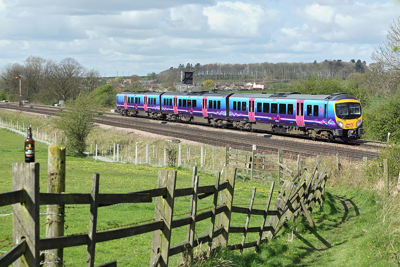 185127 Barnetby 14/4/2014<br /> 1B70 0855 Manchester Airport-Cleethorpes