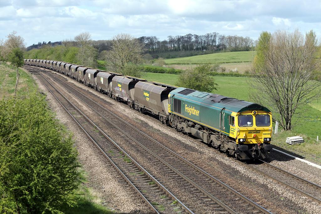 66599 Melton Ross 14/4/2014<br /> 4R14 1016 Doncaster Down Decoy-Immingham Dock