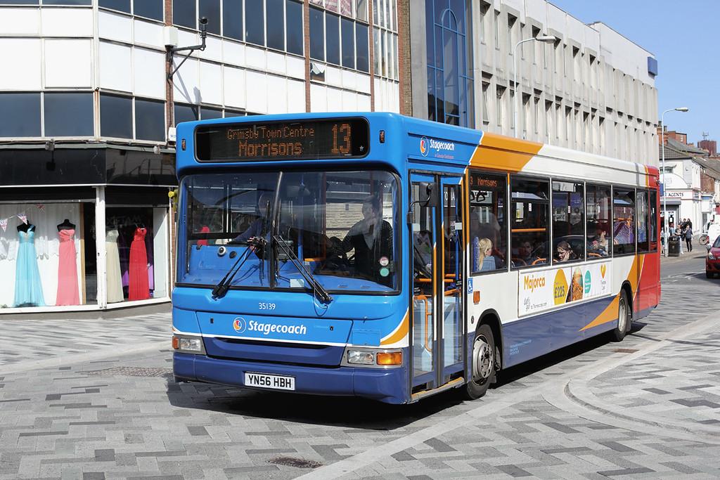 35139 YN56HBH, Grimsby 14/4/2014