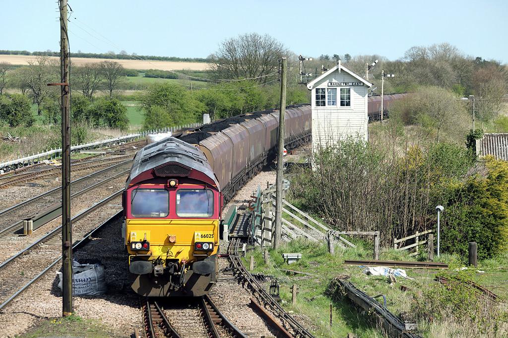 66025 Barnetby 14/4/2014<br /> 6C76 1214 Immingham Bulk Terminal-Scunthorpe BSC