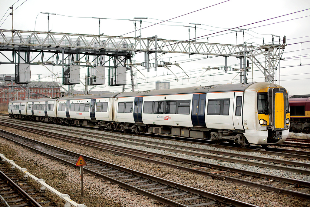 379001 Pudding Mill Lane 15/1/2014<br /> 5V28 1125 London Liverpool Street-Ilford EMUD