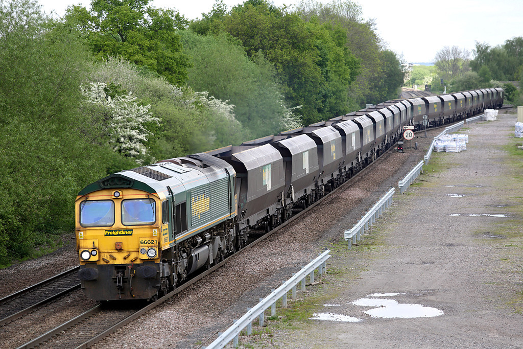 66621 Stenson Junction 15/5/2014<br /> 4K53 1149 Ratcliffe PS-Basford Hall