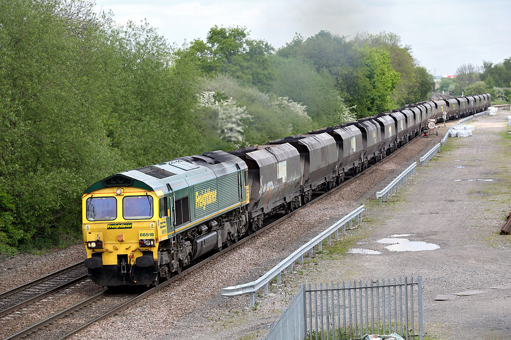 66518 Stenson Junction 15/5/2014<br /> 6M49 0800 Hull King George Dock-Rugeley PS