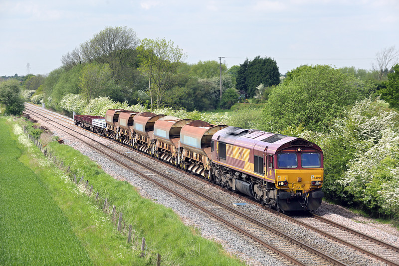 66004 Burton-upon-Trent 15/5/2014<br /> 6D44 1109 Bescot Up Sidings-Toton Yard