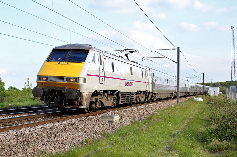 91116 Barkston 15/5/2014<br /> 1D23 1703 London Kings Cross-Leeds
