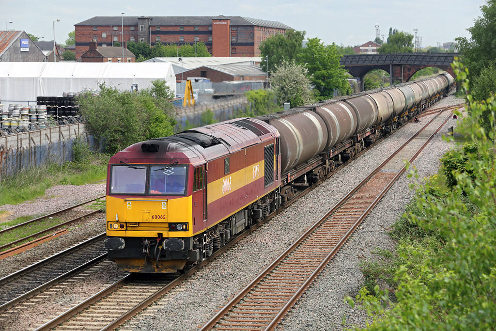 60065 Burton-upon-Trent 15/5/2014<br /> 6M57 0715 Lindsey OR-Kingsbury