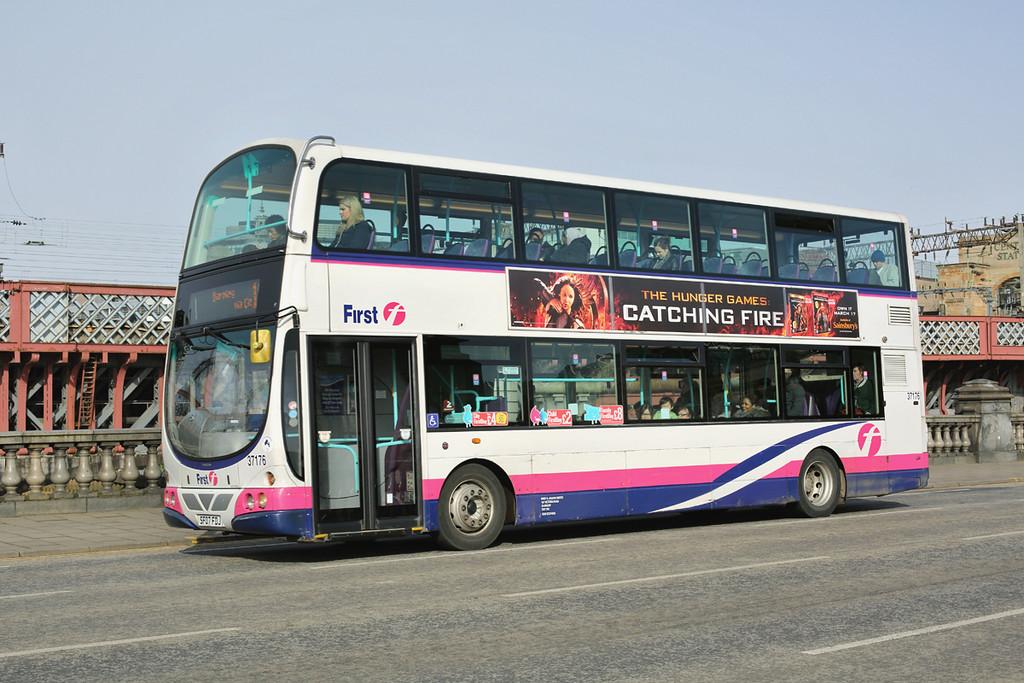 37176 SF07FDJ, Glasgow 19/3/2014