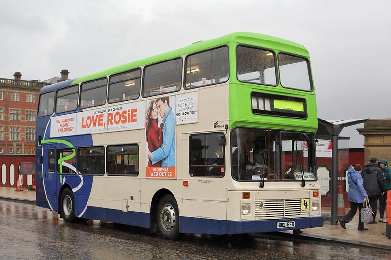42552 H102BFR, Preston 20/10/2014