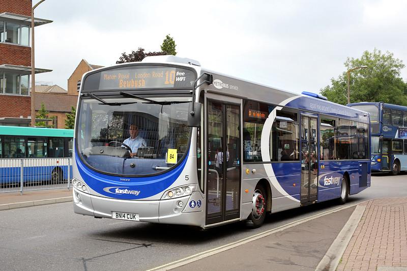 5 BN14CUK, Crawley 21/7/2014