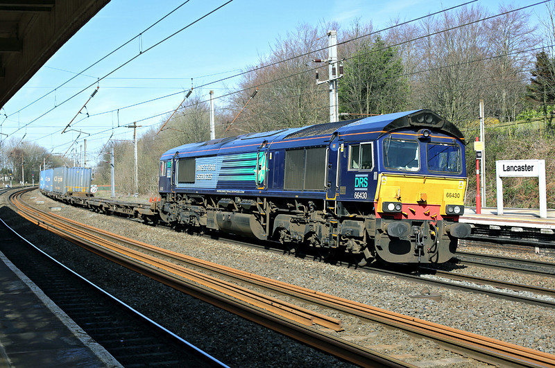 66430 Lancaster 24/3/2014<br /> 4M64 0650 Grangemouth-Daventry
