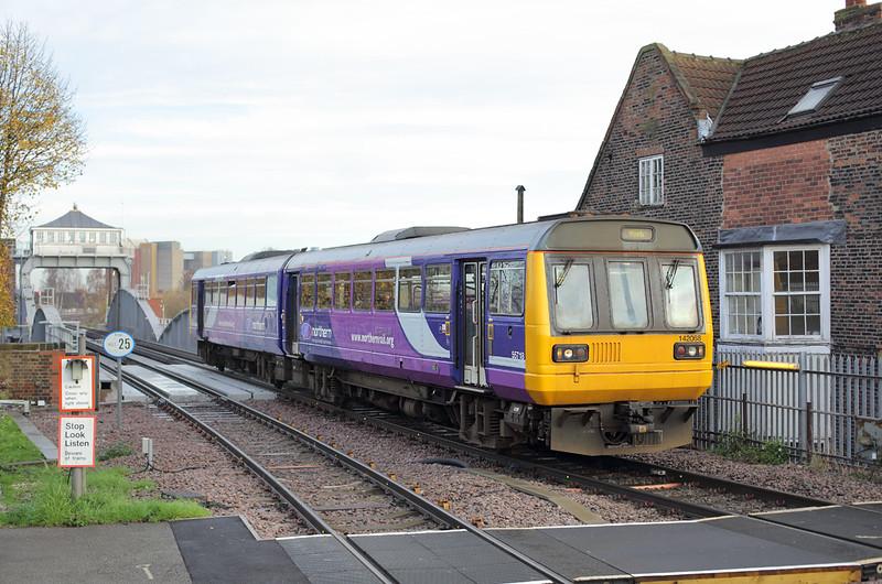 142068 Selby 24/11/2014<br /> 2R82 0902 Hull-York