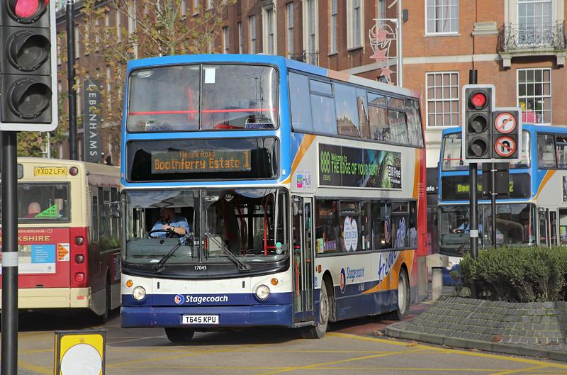 17045 T645KPU, Hull 24/11/2014
