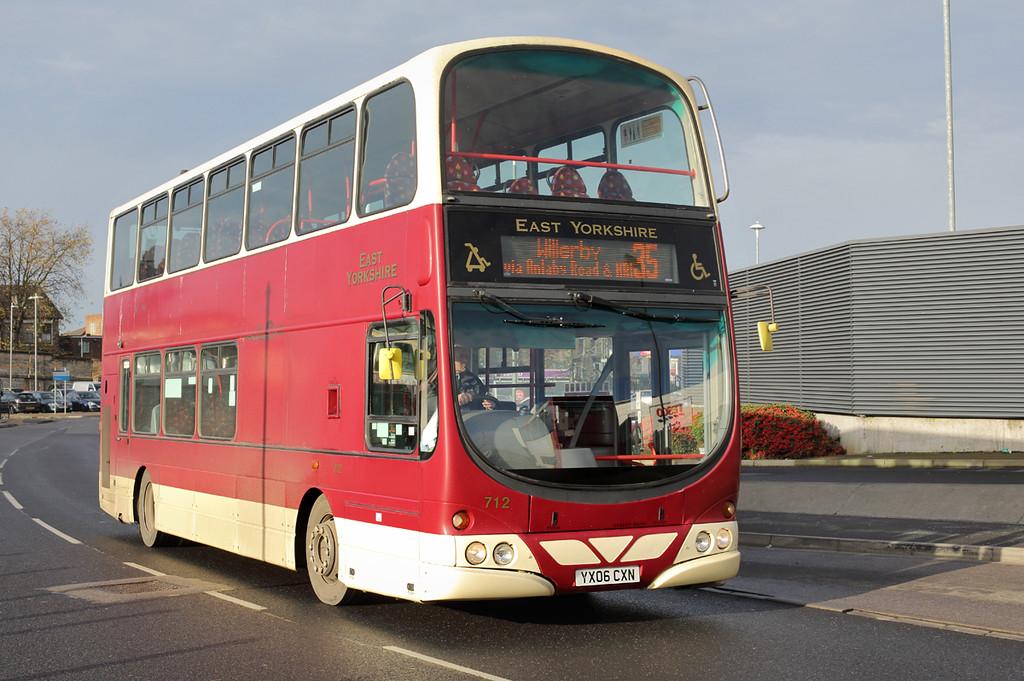 712 YX06CXN, Hull 24/11/2014