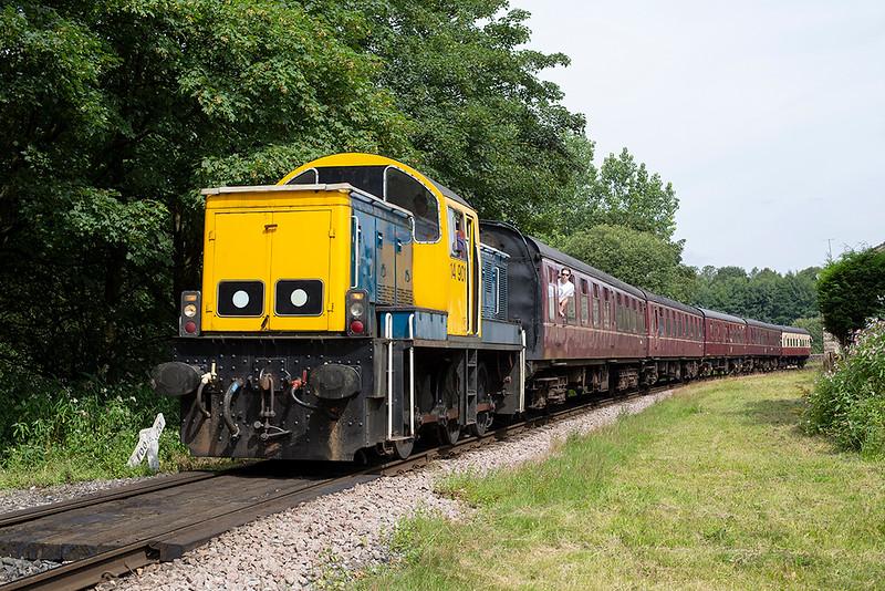 D9524 Summerseat 26/7/2014<br /> 1J64 1025 Rawtenstall-Heywood