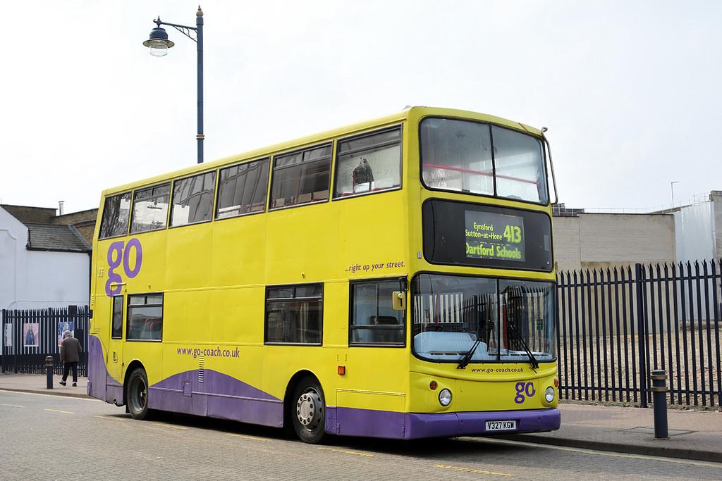 V327KGW, Dartford 27/3/2014