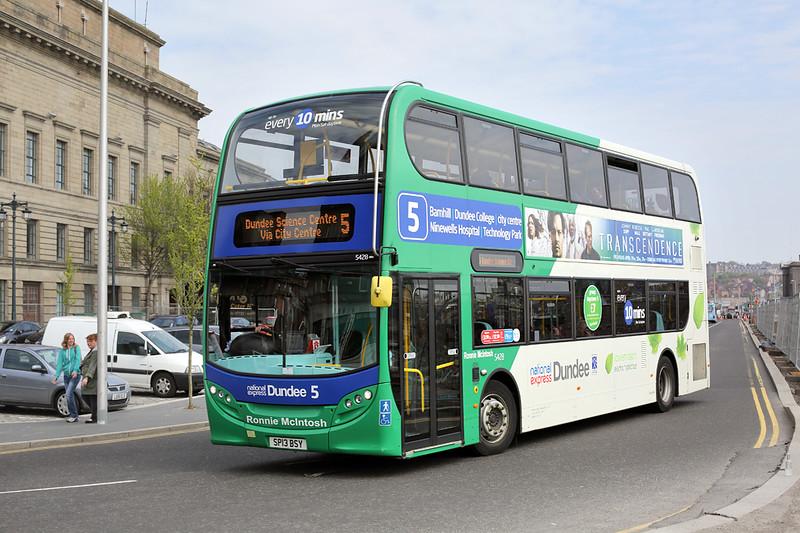 5428 SP13BSY, Dundee 28/4/2014