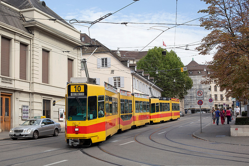 215 and 258, Barfußerplatz 29/9/2014
