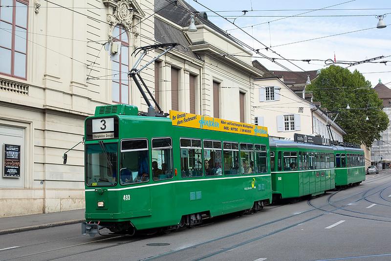 493, 1503 and 470, Barfußerplatz 29/9/2014