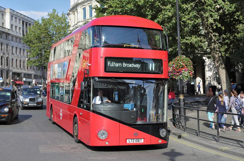 LT67 LTZ1067, Trafalgar Square 6/9/2015