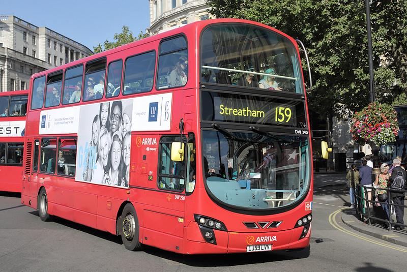 DW290 LJ59LVV, Trafalgar Square 6/9/2015