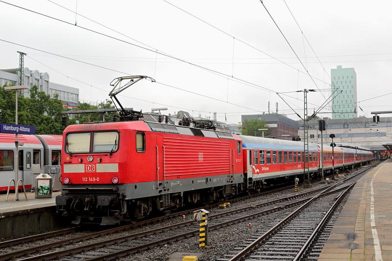 112149 Hamburg Altona 12/7/2015<br /> RE20711 1811 Flensburg-Hamburg Altona