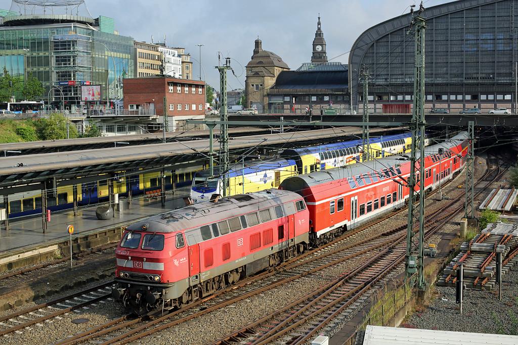 218333 Hamburg Hbf 13/7/2015