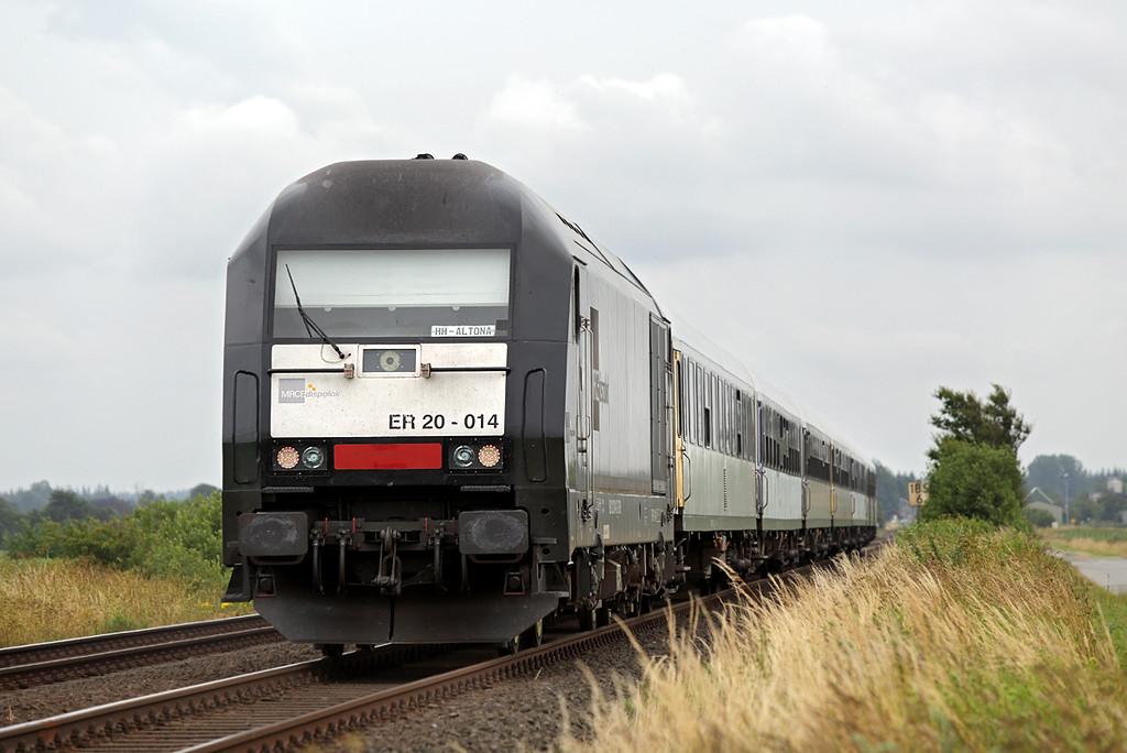 ER20-014 Bargum 13/7/2015<br /> NOB81723 1422 Westerland-Hamburg Altona