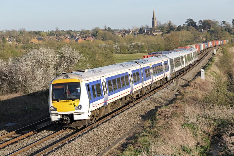 172104 and 168112, Kings Sutton 14/4/2015<br /> 1R58 1718 London Marylebone-Birmingham Moor Street