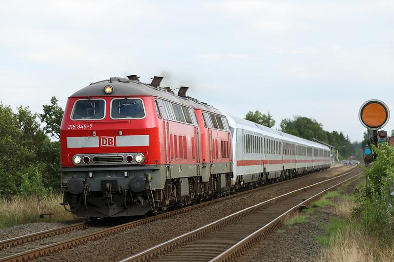 218345 and 218369, Langenhorn 14/7/2015<br /> IC2374 0910 Karlsruhe Hbf-Westerland