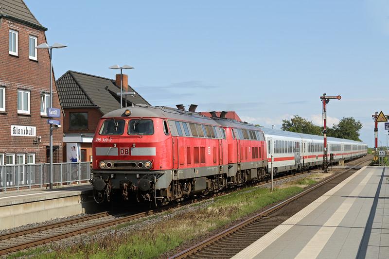 218319 and 218344, Klanxbüll 14/7/2015<br /> IC2310 0638 Frankfurt (M) Hbf-Westerland