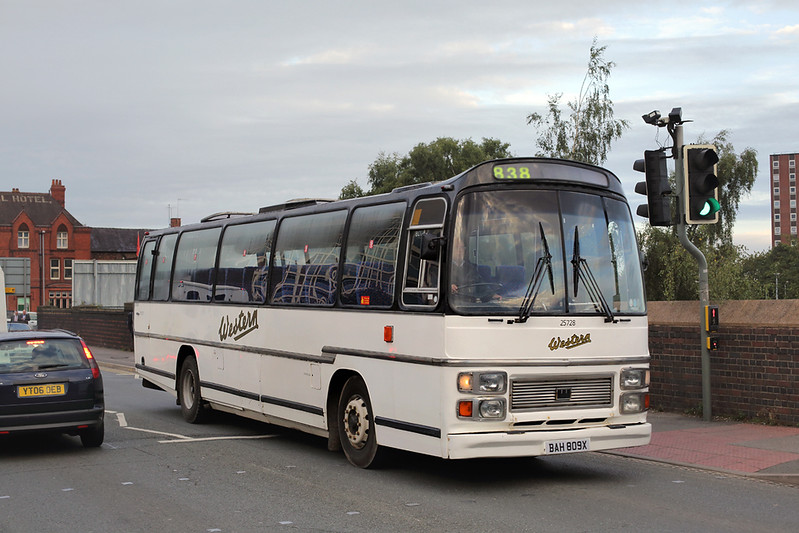 25728 BAH809X, Crewe 16/9/2015