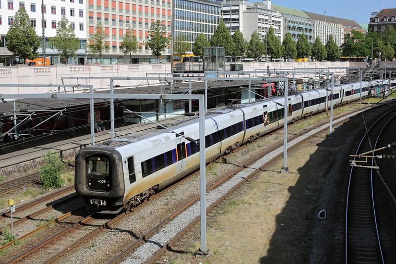 4338 Versterport 17/7/2015<br /> ØR2038 0943 Helsingør St-Göteborg Central