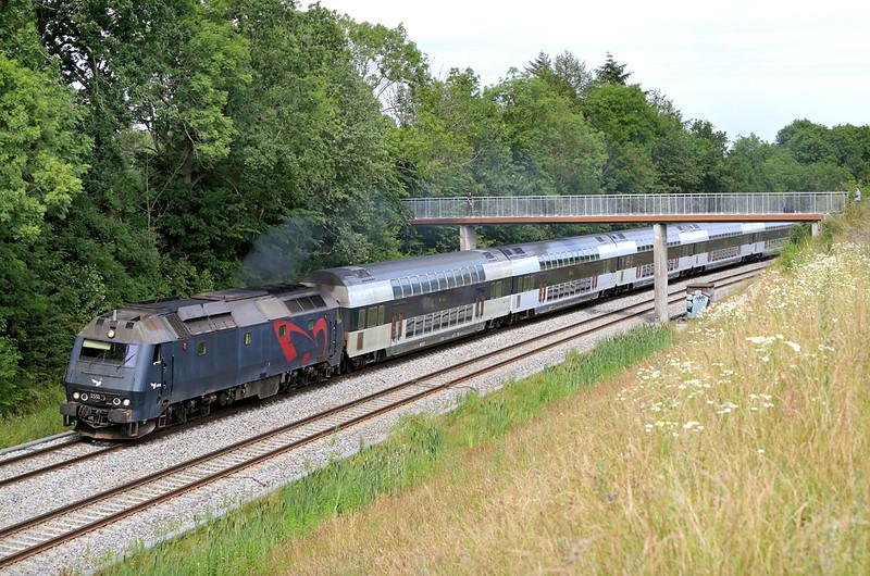 ME1531 Lerje 17/7/2015<br /> RE4537 1355 Østerport St-Holbæk St